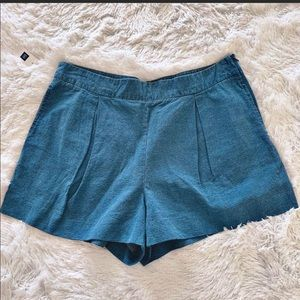 Gap Pleated Shorts
